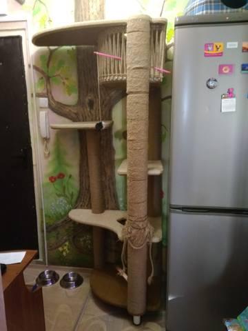 Подбалясенник с накладкой для балясин деревянный из дуба