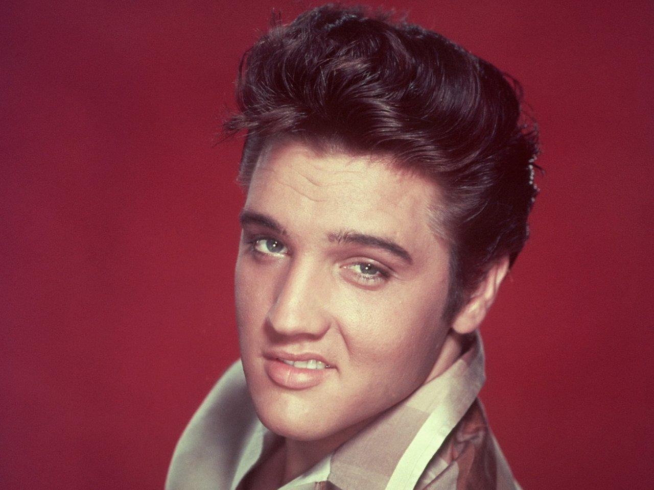 Элвис Пресли: История о том, как заика стал Королем рок-н-ролла