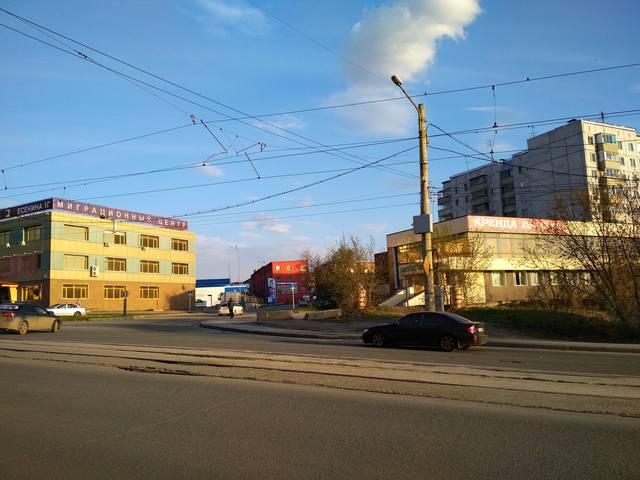 http://images.vfl.ru/ii/1527755024/0f00b9cc/21943031_m.jpg