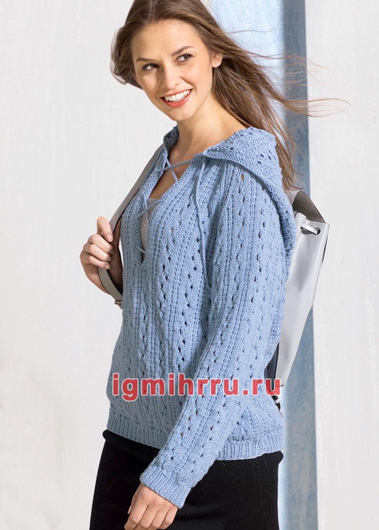 Голубой ажурный пуловер с капюшоном. Вязание спицами