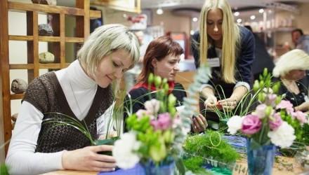 К празднику 8 Марта: мастер-класс флористики