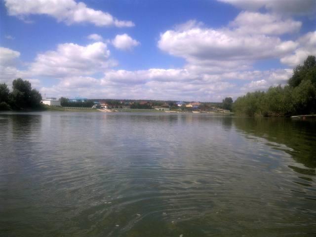 http://images.vfl.ru/ii/1530184789/e9280f8c/22282208_m.jpg
