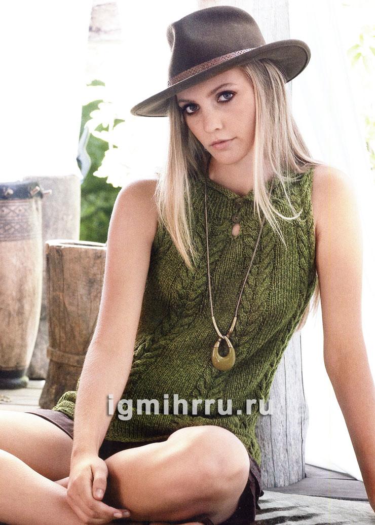 Зеленый летний топ с узором из кос. Вязание спицами