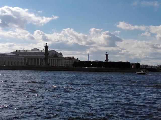 http://images.vfl.ru/ii/1531082334/f276d94c/22407098_m.jpg