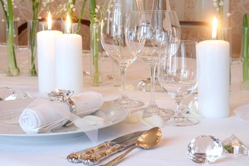 Как сервировать праздничный стол. Столовый этикет