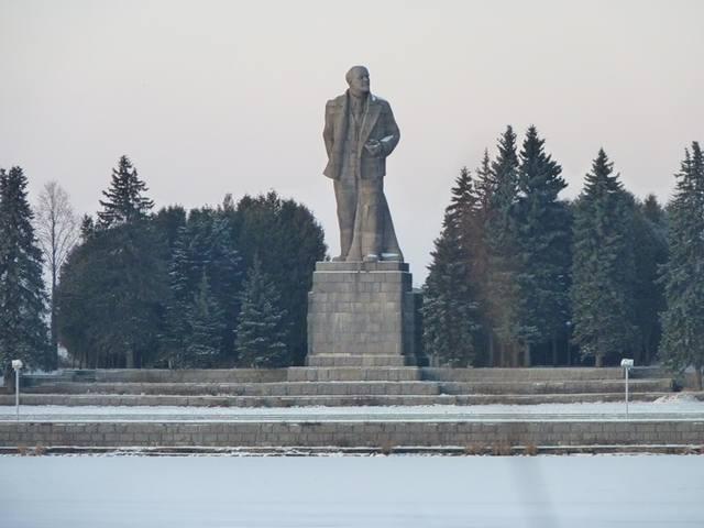 http://images.vfl.ru/ii/1531467568/c95a480f/22464299_m.jpg