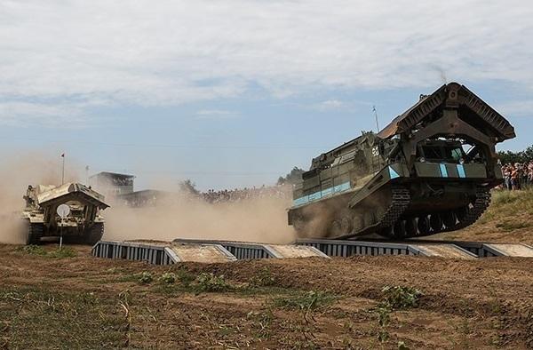 Сербия, сербская армия военные учения, Армейские игры