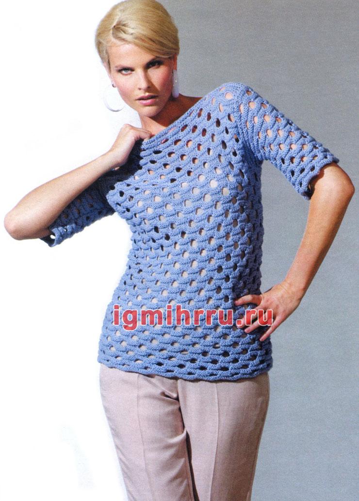 Голубой пуловер с короткими рукавами и дырчатым узором. Вязание спицами
