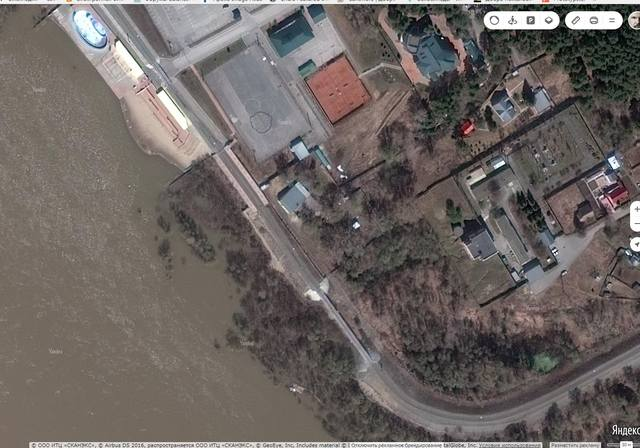 http://images.vfl.ru/ii/1534063659/1c5952c9/22859815_m.jpg