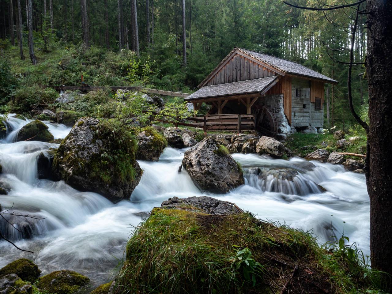 http://images.vfl.ru/ii/1535315331/d9066e94/23064641.jpg