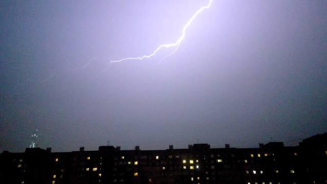 http://images.vfl.ru/ii/1536504029/0724665d/23260868_m.jpg