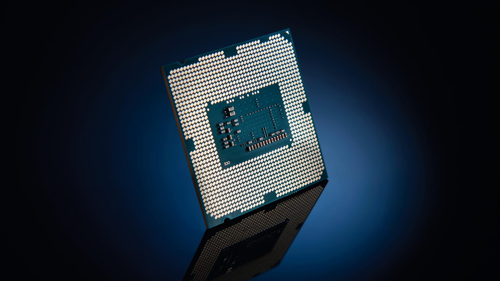 Появились первые тесты процессора Intel Core i7 9700K