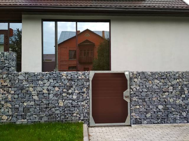 http://images.vfl.ru/ii/1536940372/aa449d3f/23335188_m.jpg