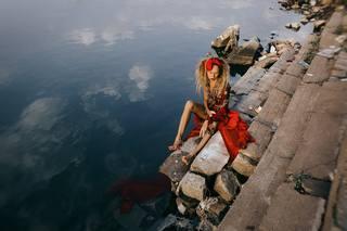http://images.vfl.ru/ii/1538166630/211a16cc/23554940_m.jpg
