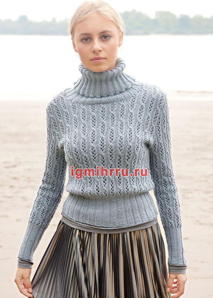 Серо-голубой свитер с ажурным узором. Вязание спицами