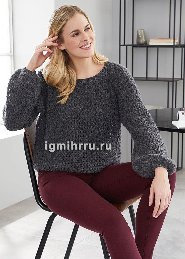 Черный пуловер из сетчатого узора. Вязание спицами