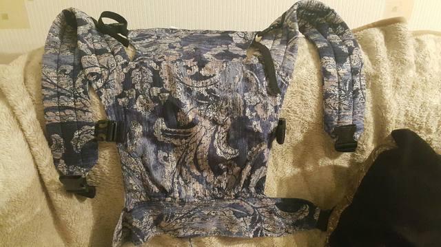 Продам фаст-слинг с адаптивной спинкой и слинго-куртку  23686217_m