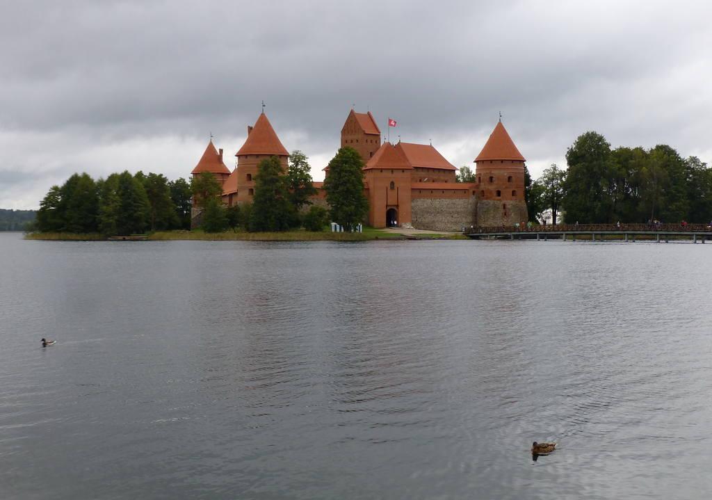 http://images.vfl.ru/ii/1539293521/b5143c3a/23754997.jpg