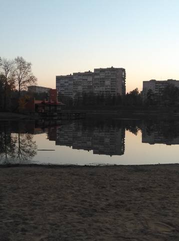 http://images.vfl.ru/ii/1539552119/8492cf15/23799153_m.jpg