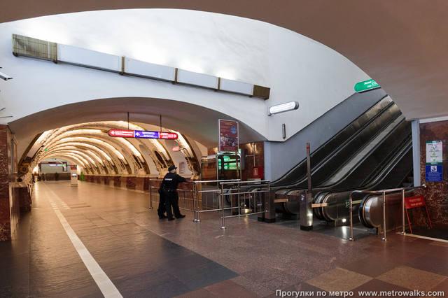 http://images.vfl.ru/ii/1539860146/35e5fdd1/23859704_m.jpg