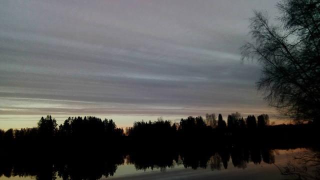 http://images.vfl.ru/ii/1540231853/f3c9256a/23906649_m.jpg