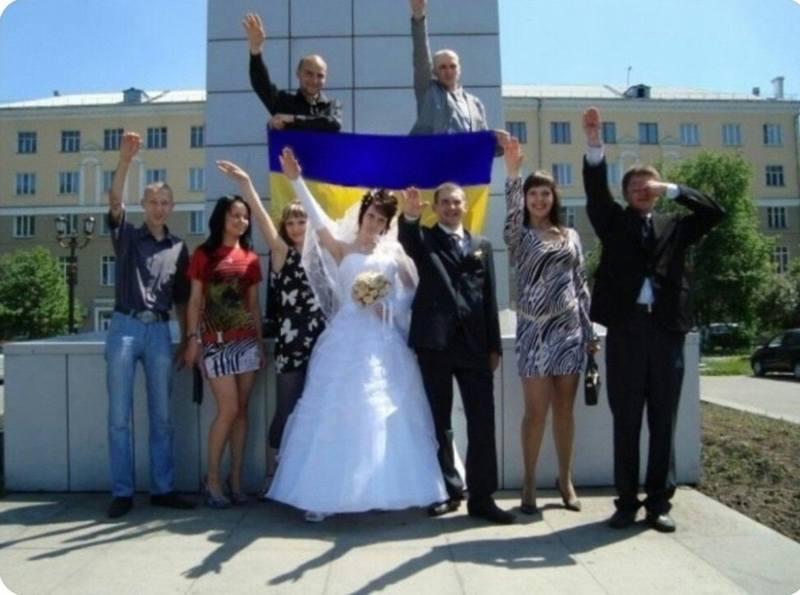 http://images.vfl.ru/ii/1540403483/fcc0a60b/23928912.jpg