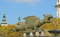Фонтан Дракон на площади в Клагенфурте. Фото Морошкина В.В.