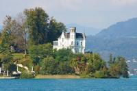 Замок на озере Вертерзее. Фото Морошкина В.В.