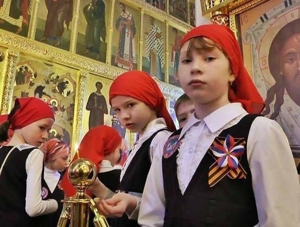 http://images.vfl.ru/ii/1541403142/19fbe40b/24068465_m.jpg