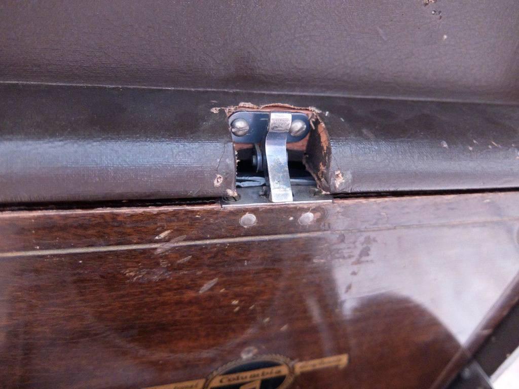 Куплю хромированную рамку замка ящика для пластинок для Columbia 220 24073947