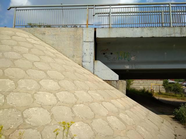 http://images.vfl.ru/ii/1542617176/bac919c2/24265216_m.jpg