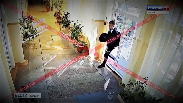 http://images.vfl.ru/ii/1543324354/d7535160/24373723_m.jpg