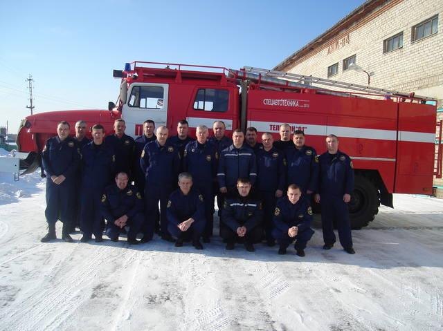 Состав сотрудников пожарной части 24457092_m