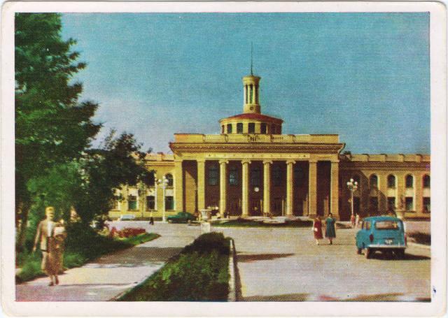 http://images.vfl.ru/ii/1547283106/6f3f0bfa/24919381_m.jpg