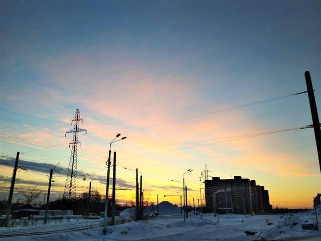 http://images.vfl.ru/ii/1547941187/9f8485fc/25025413_m.jpg