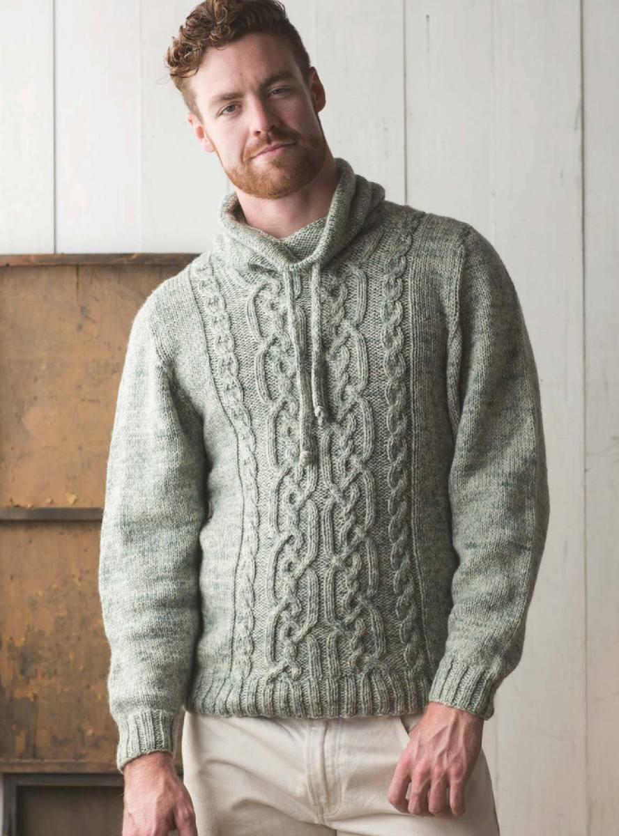 Мужской свитер с капюшоном спицами