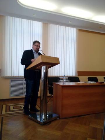 http://images.vfl.ru/ii/1549456037/298aeb4f/25279042_m.jpg