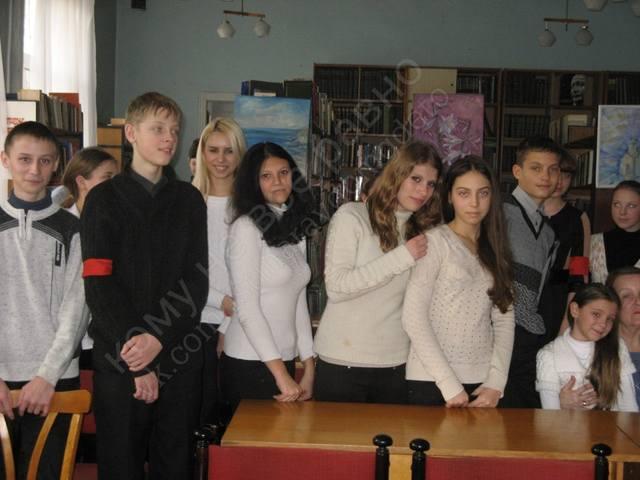 http://images.vfl.ru/ii/1549989140/3713fd92/25365157_m.jpg