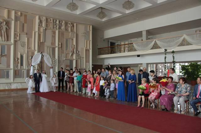 http://images.vfl.ru/ii/1551384372/a2adf46b/25587550_m.jpg