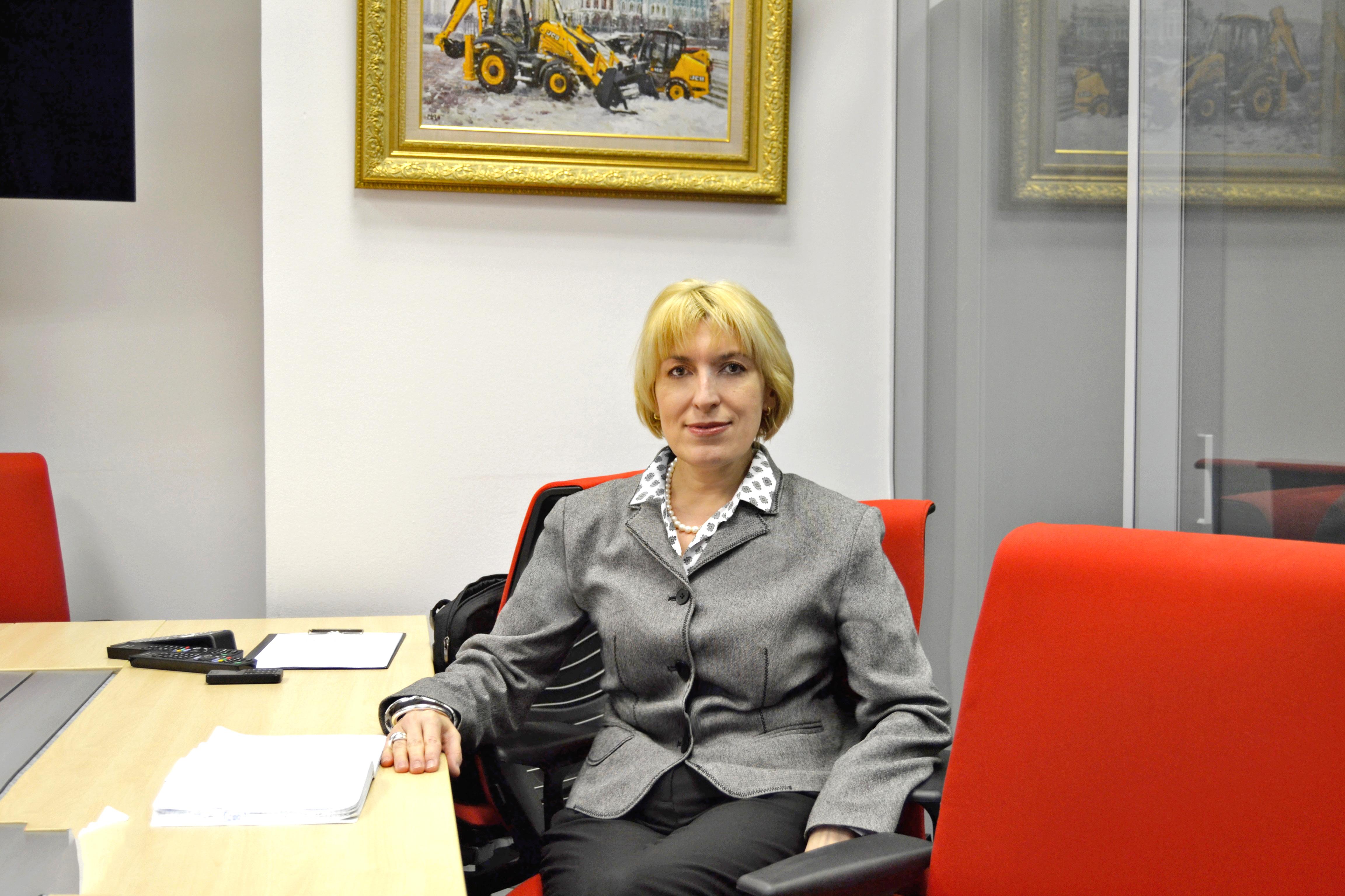 Оксана Евтушевская, руководитель JCB Finance России и СНГ
