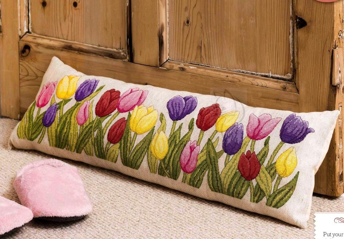 Вышивка «Тюльпаны»
