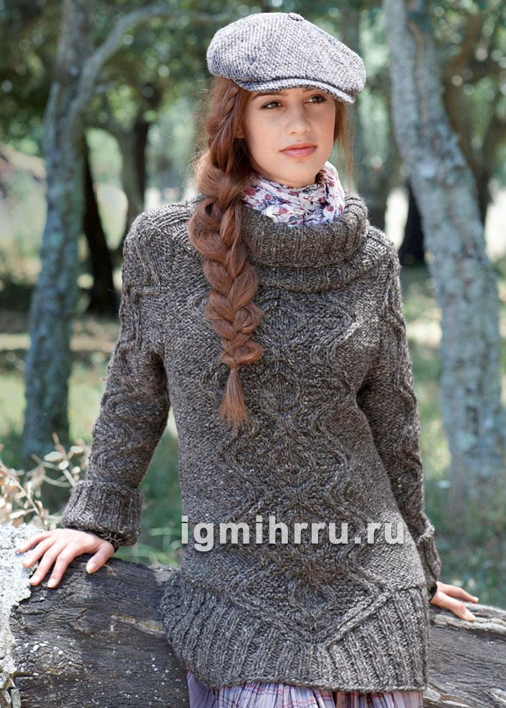 Удлиненный меланжевый свитер с аранами. Вязание спицами