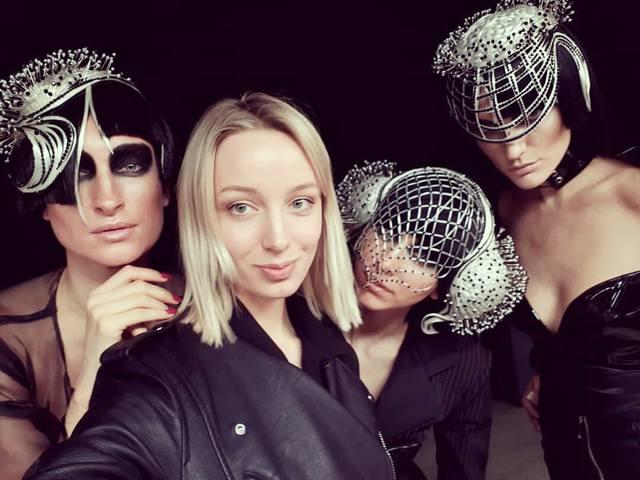 Современные показы моды в Москве и не только - Страница 9 26116301_m