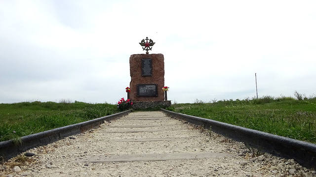 http://images.vfl.ru/ii/1558160995/b4bdbcf1/26572535_m.jpg
