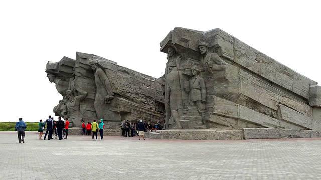 http://images.vfl.ru/ii/1558160996/11991562/26572538_m.jpg