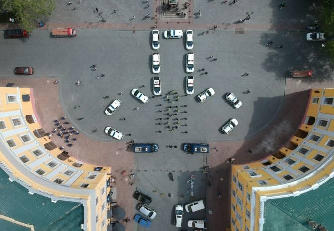 http://images.vfl.ru/ii/1558252938/7d9c6e3e/26582666_m.jpg