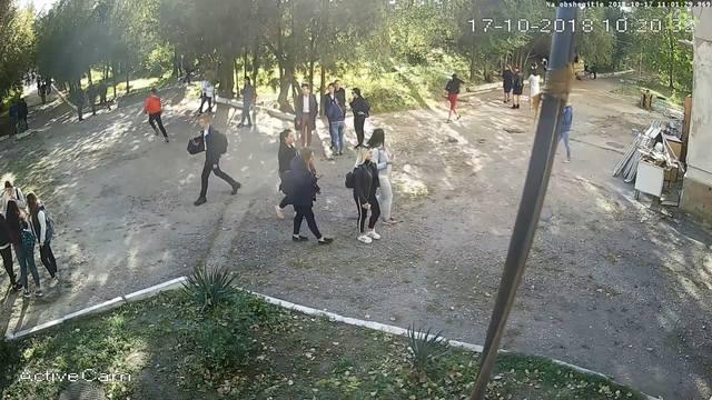 http://images.vfl.ru/ii/1559234772/f43f4976/26715716_m.jpg
