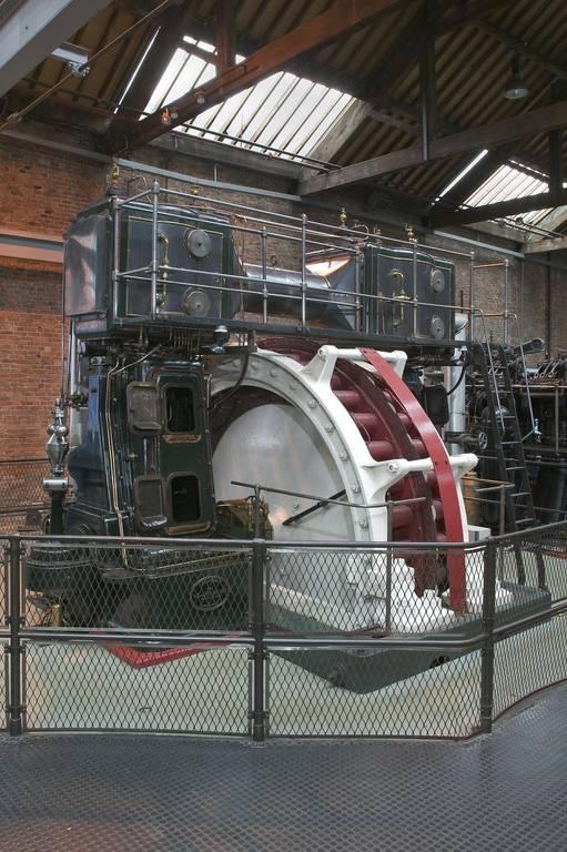 Паровой поршневой двигатель Ферранти (Англия)