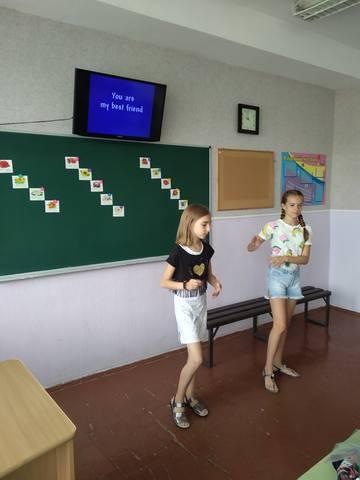 літній мовний табір «Wonderland»