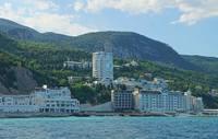 Пригород Большой Ялты с отелями и курортными строениями. Фото Морошкина В.В.